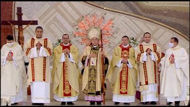 No domingo, dois padres e dois diáconos são ordenados na Canção Nova