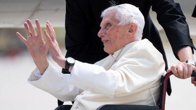 Ouagadougou homenageia Bento XVI com nome de rua