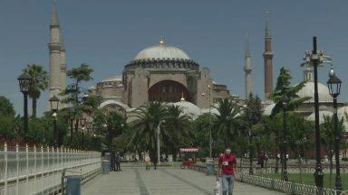 Turquia: Basílica de Santa Sofia torna-se mesquita