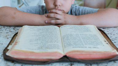Igreja no Brasil inicia formação para aplicar diretório para a catequese