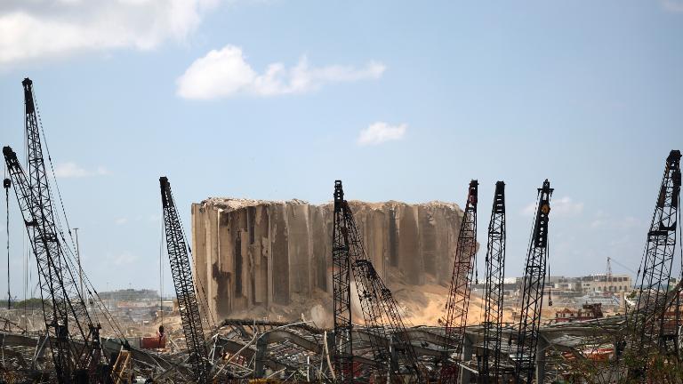 libano-destrocos-explosao-libaneses_REUTERS-_-Hannah-McKay.jpg