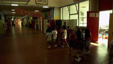 Roma reabre escolas com protocolos restritos contra pandemia