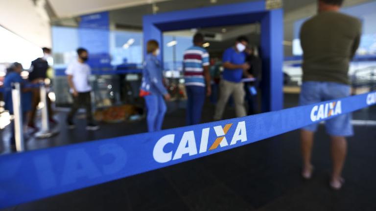 caixa marcelo camargo agência brasil Trabalhadores nascidos em fevereiro podem sacar auxílio emergencial