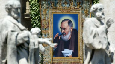 Exemplo de Padre Pio encoraja a enfrentar pandemia, diz frade