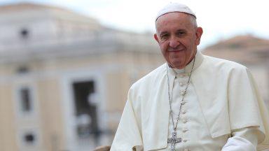 Em peregrinação: Papa abençoa imagem de Nossa Senhora da Medalha Milagrosa