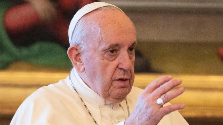 papa aborda a questão das fragilidades dos padres em encontro com sacerdotes