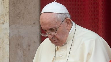 Papa próximo às vítimas da violência no sul da Colômbia