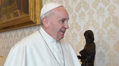 Papa à equipe de futebol do Spezia: o esporte desperta o melhor de nós