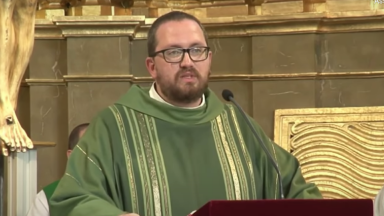 Morre padre ferido em explosão de prédio em Madri