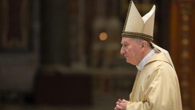 Papa leva a esperança do diálogo ao Iraque, destaca Parolin