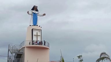Estátua de Santa Dulce dos Pobres é ponto turístico em Itabaiana