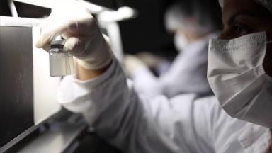 Maia diz que China acelerará envio de insumos da vacina contra Covid-19