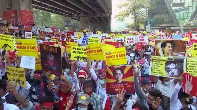 'Justiça e Paz na Europa' apela ao fim da repressão militar em Mianmar