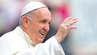 Trabalho expressa e alimenta a dignidade do ser humano, diz Papa