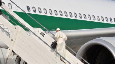 Papa no Iraque: acompanhe a viagem pela TV Canção Nova