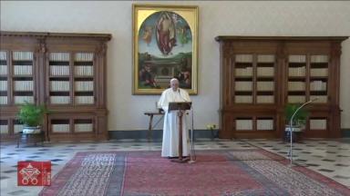 Na oração do Angelus, Papa institui Dia Mundial dos Avós e dos Idosos