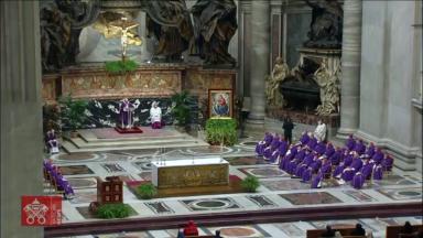 Pandemia muda detalhes da Missa de imposição das cinzas no Vaticano