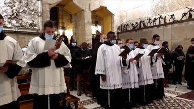 No dia da cátedra de São Pedro, Franciscanos rezam pelo Papa