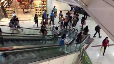 Lojistas tentam renegociar aluguéis com os shopping centers