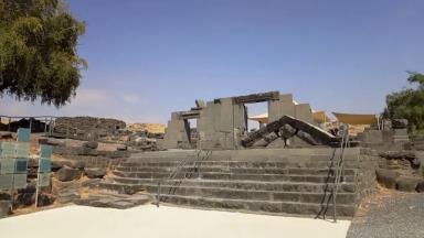 Nossa equipe na Terra Santa nos leva às ruínas de Corazim
