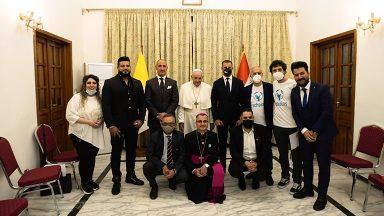 No Iraque, Papa se encontra com jovens da Scholas Occurrentes