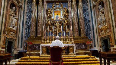 Papa vai à Santa Maria Maior agradecer por viagem ao Iraque