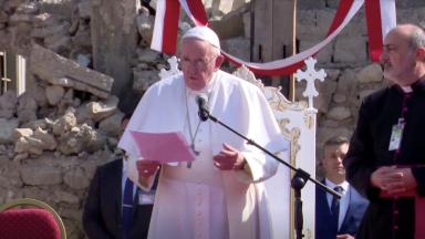 """Oração do Papa em Mosul: """"A paz é mais forte que a guerra"""