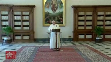 Durante a oração do Angelus, Papa faz referência ao Dia Mundial da Água