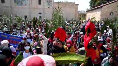 Fiéis participam das celebrações do Domingo de Ramos na Terra Santa
