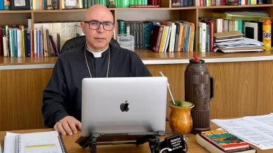 """""""A família é a Igreja, e a Igreja é a família"""", afirma Dom Ricardo Hoepers"""