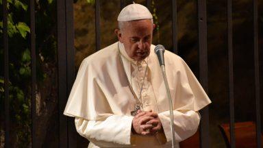 Papa Francisco se diz profundamente triste com enchentes na Alemanha