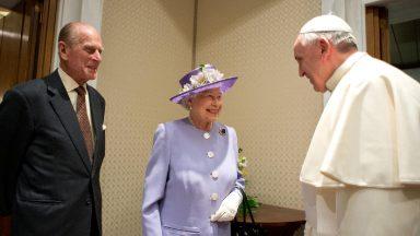 Papa emite nota de pesar pela morte do Príncipe Felipe