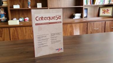Revista de Catequese contribui com a formação de leigos e religiosos