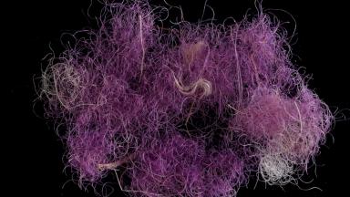 Pesquisadores encontram tecidos tingidos utilizados 3 mil anos atrás