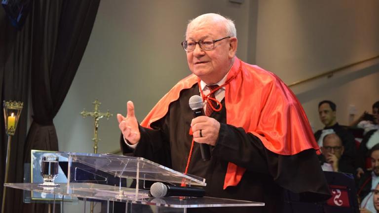PADRE JESUÍTA JOÃO ROQUE ROHR CNBB Morre o ex-reitor do Pontifício Colégio Pio Brasileiro, padre João Rohr