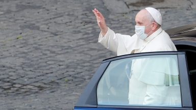 Confiar a humanidade à proteção da Virgem de Fátima, pede Papa