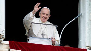 Papa: Eucaristia é Pão dos pecadores, não prêmio dos santos