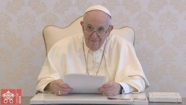 Papa renova apelo por uma ecologia humana integral