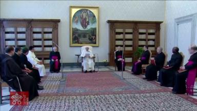 Na Catequese, Papa Francisco destaca a oração na contemplação