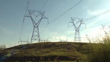 Aumento da energia elétrica acende o sinal de alerta nos consumidores
