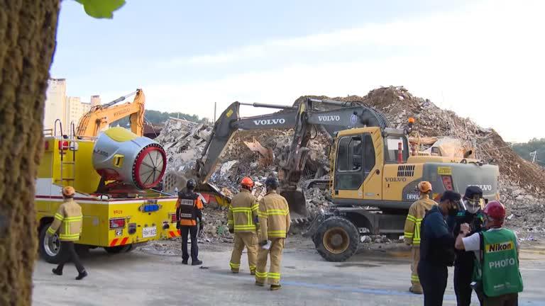 Desastre Seul Reuters Na Coreia do Sul, prédio desaba durante demolição e deixa nove mortos