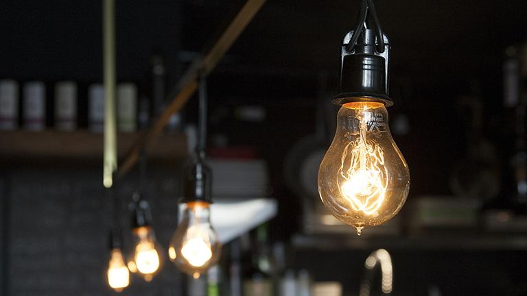 Especialistas explicam como economizar água e energia em casa