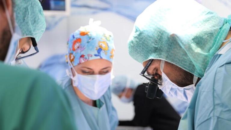 capa 2021 06 10T103852.846 Hospital do Vaticano realiza primeiro transplante de coração de doador covid positivo