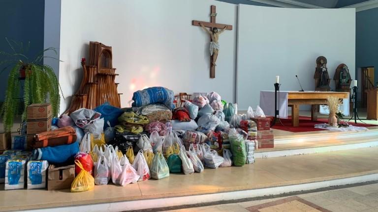 iniciativa solidaria mutirao pela vida de quem tem fome Foto Artur Schiling Fiéis doam mais de 60 toneladas de alimentos em iniciativa solidária