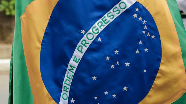 bandeira do brasil wesley almeida cn Paralimpíadas: Brasil leva quatro ouros e dois bronzesneste domingo