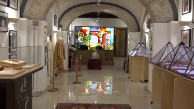 Exposição mostra fotografias e objetos do Papa emérito Bento XVI