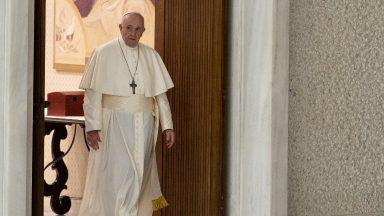 Papa Francisco retoma as audiências gerais na Sala Paulo VI