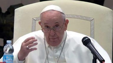 Papa: sinodalidade não é um slogan, significa