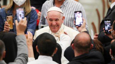 Oração, raízes e esperança, diz Papa sobre visita à Hungria e Eslováquia