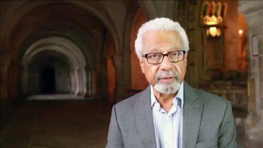 Abdulrazak Gurnah, escritor tanzaniano, vence o Nobel de Literatura